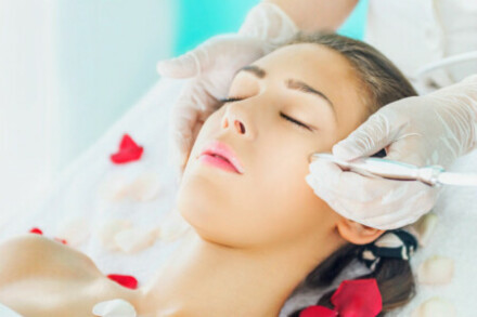 What Does Microdermabrasion Do?