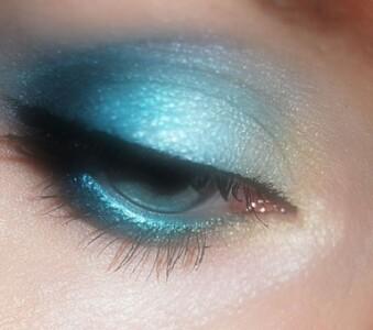 eye make up brushes